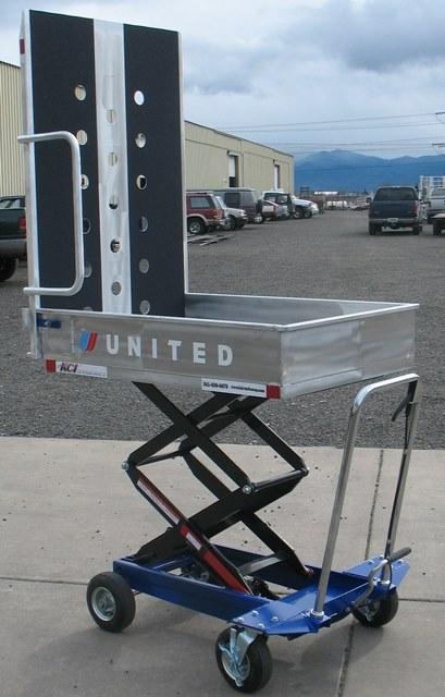 Wheelchair Assistance | School bus violent wheelchair lifts